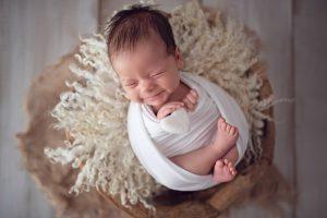 Vlad la sedinta foto de nou-nascut